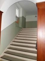 Puschkin15_Treppenaufgang-rechts